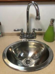 Head (bathroom) sink.